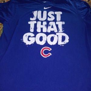 Ladies NIKE CHICAGO CUBS t shirt size Large